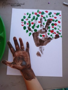 handprint apple tree 4