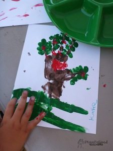 handprint apple tree 7